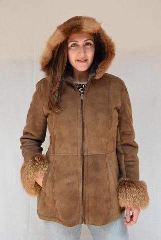 ženska jakna pelc velur sa kapuljačom